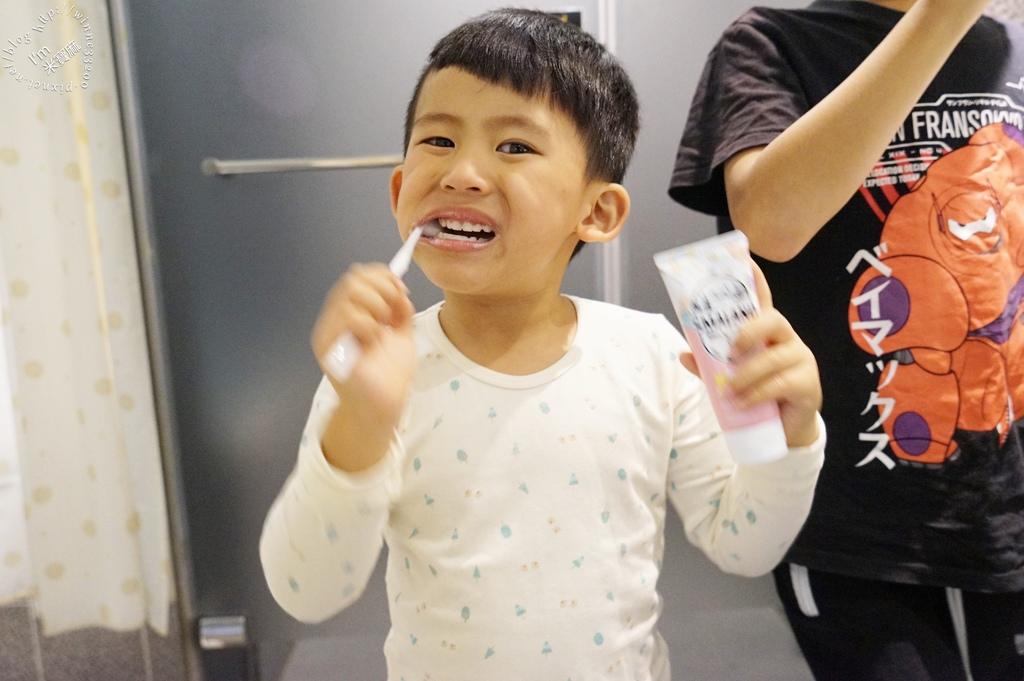 韓國2080 牙膏 (9)