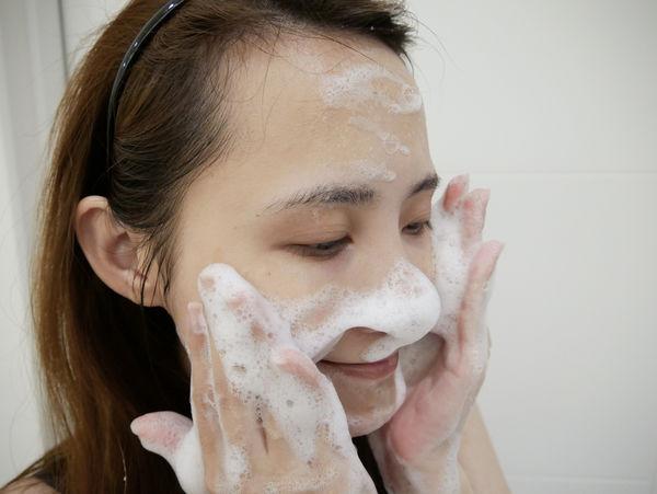 美島水肌蒟蒻洗顏皂(清酒.乳清) (6).jpg