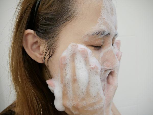 美島水肌蒟蒻洗顏皂(清酒.乳清) (3).jpg